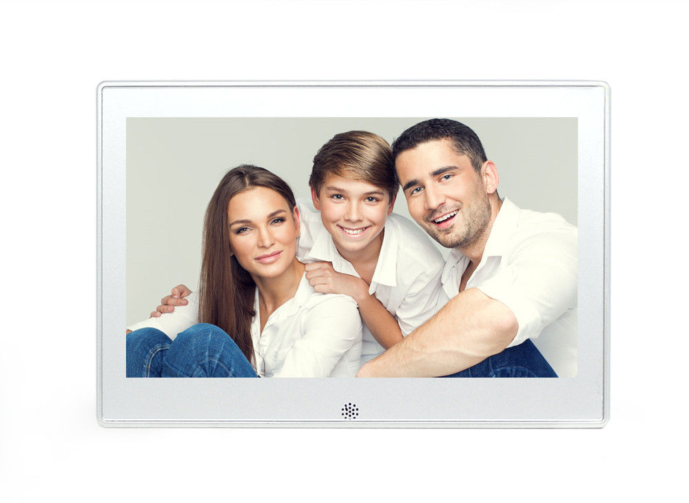 White 10.1 Inch Metal Battery Operated Digital Photo Frame Supports Video Loop Play
